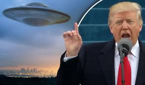 President Trump and Alien 2